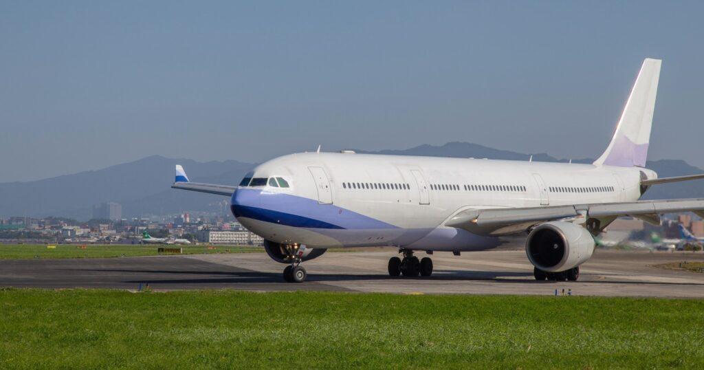 西陣カーボン 復活の飛行機