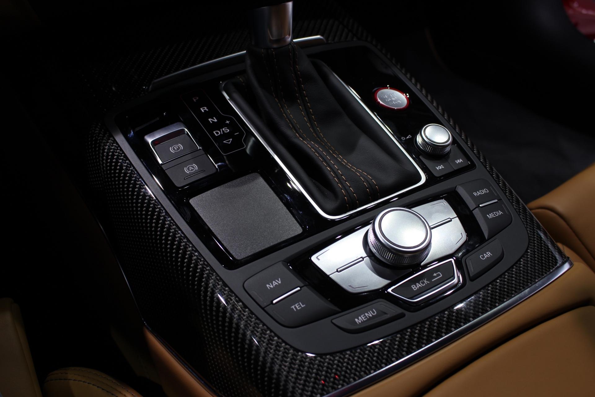 西陣カーボンの利用用途|車内の内装